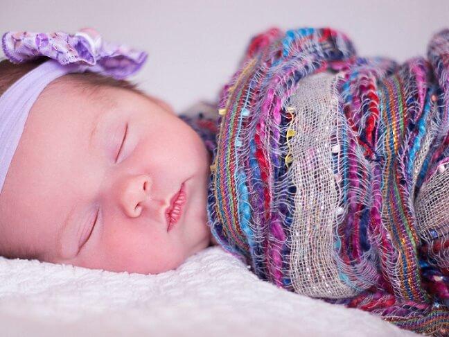 bagaimana cara menyusui bayi yang benar • Positif62